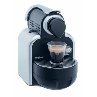 machines nespresso 18 3 suisses termin m ga bonnes affaires. Black Bedroom Furniture Sets. Home Design Ideas